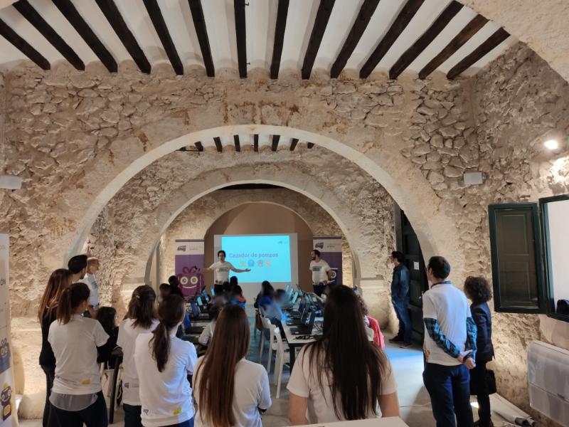 Taller de robótica para centros educativos con Fundación everis en Torre Juana OST