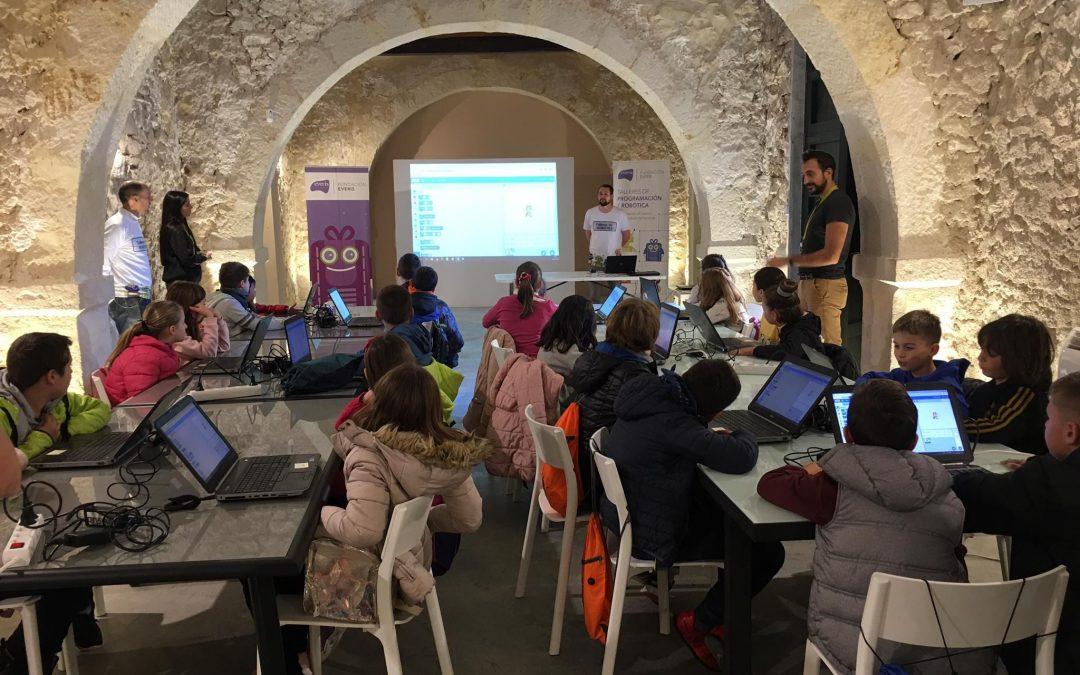 Fomentando el pensamiento computacional el Día Universal del Niño