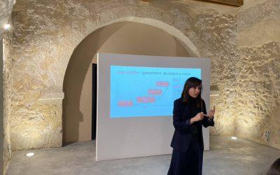 Celia Sánchez. Asistentes Virtuales basados en IA y las Universidades: Casos de éxito