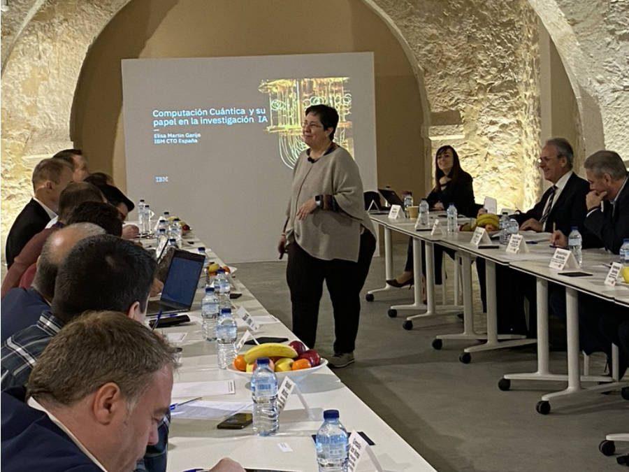 E. Martín Garijo: Computación Cuántica y su futuro papel en la IA
